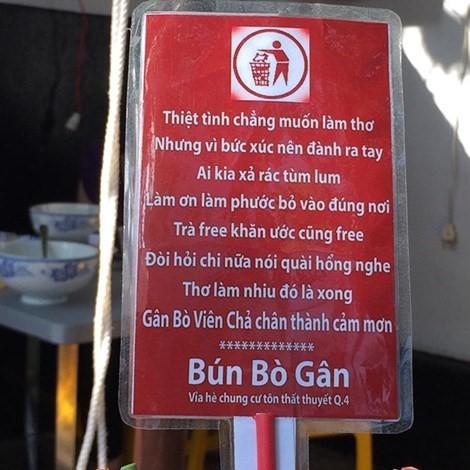 Những kiểu quảng cáo 'không giống ai' hút khách ở Sài Gòn
