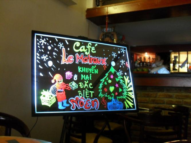 Hướng dẫn vẽ bảng quảng cáo huỳnh quang