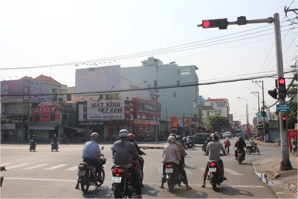 Ngã Tư CMT8 + Huỳnh Văn Cù