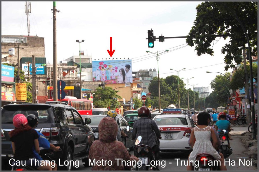 Ngã tư Phạm Văn Đồng – Cổ Nhuế ( Hướng Sân Bay về Trung Tâm )-HN-TL-020