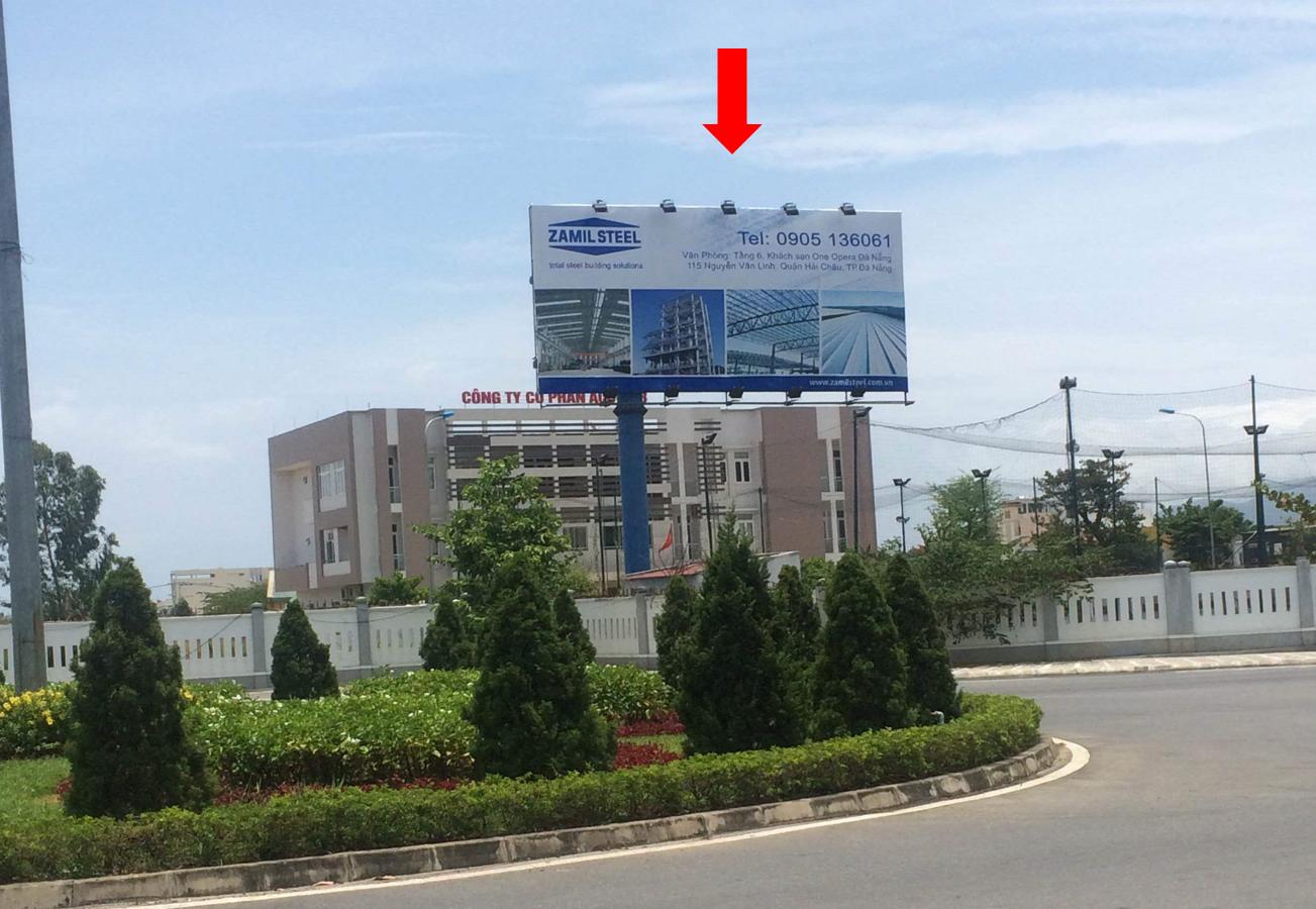 Đường Nguyễn Văn Linh