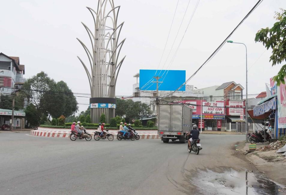 Ngã Tư Lê Duẫn + Lê Hồng Phong-ST